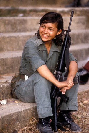 A woman soldier in the FMLN, the anti-government guerillas in El Salvador. (© Owen Franken)