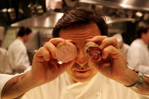 Chef Daniel Boulud in his kitchen at Restaurant Daniel in New York. (© Owen Franken)