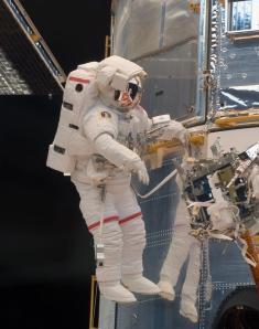 Grunsfeld works on Hubble repairs. Photo: NASA